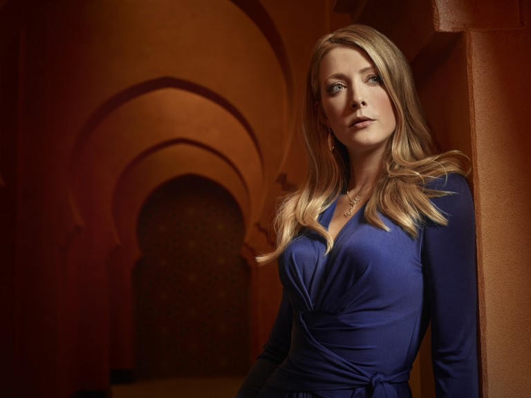 TYRANT – Pictured: Jennifer Finnigan as Molly. CR: Matthias Clamer/FX